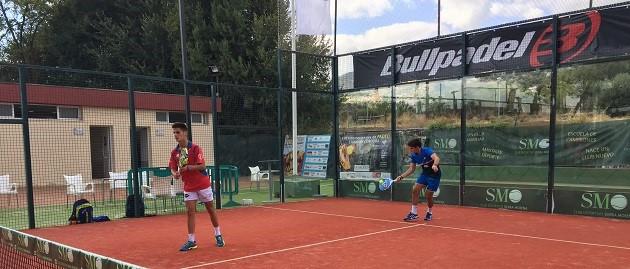 Primera jornada del Máster de Menores Bullpadel en C.D. Sierra Morena